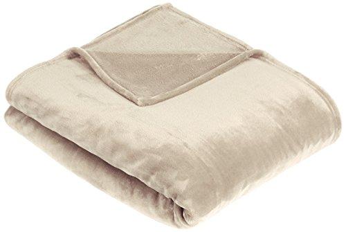 Amazon Basics Velvet Plush Throw Manta Suave con Tacto de Terciopelo, Arena, 168 x 229cm