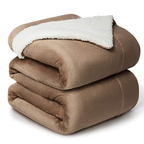 Bedsure Manta Reversible de Franela/Sherpa 220x240cm - Manta para Cama 135/150 de 100% Microfibra Extra Suave - Manta de Felpa Camello