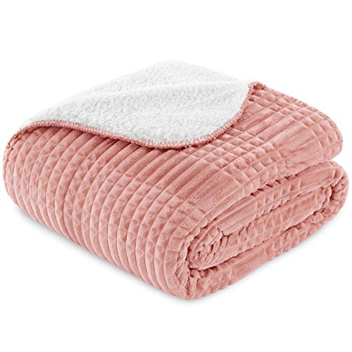 Vipalia Manta Cama 90 cm. Gof14. Plaid Multiusos Sofa Polar. Cubrecama. Idea Regalo. Comoda Ligera Suave. Borreguillo. Calidad Diseño. Color Rosa. 160 x 220 cm