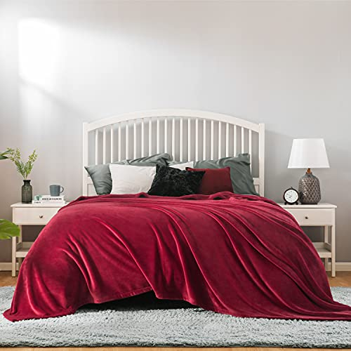 Bedsure Manta Cama 150 Invierno - Manta Sofa Extra Grande de Franela Suave, Mantas 220x240 cm para Cama 135, Rojo