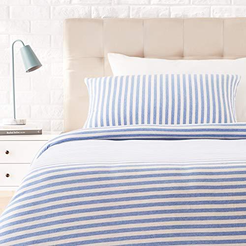 Amazon Basics - Juego de funda nórdica para edredón, diseño de rayas, 135 x 200 cm / 50 x 80 cm, Azul